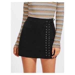 Black Side Lace Up Mid Waist Mini Skirt